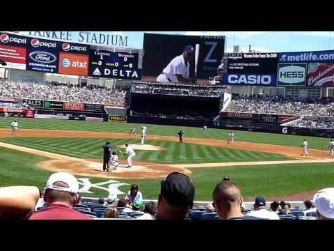 NY Yankees Old Timers Day 2009 #35 Mike Mussina pi...