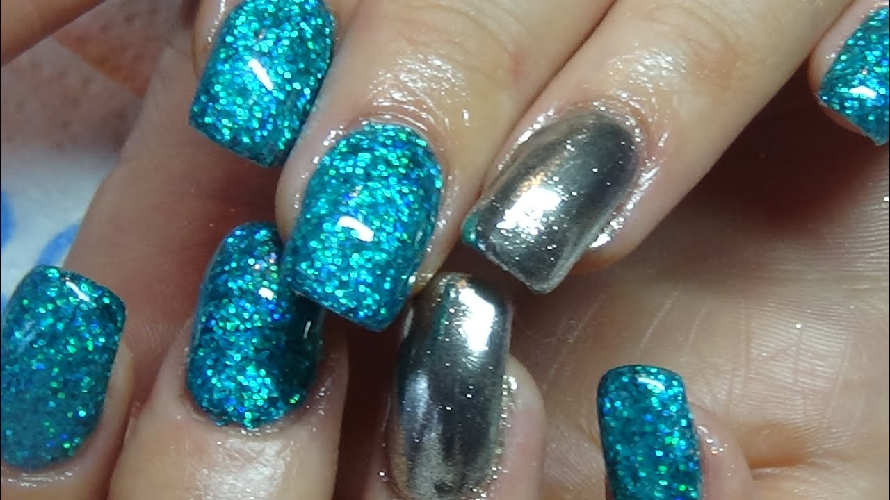 glitter & chrome acrylic nails
