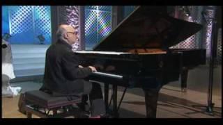 2007年舞台『エレンディラ』(演出:蜷川幸雄)劇中歌 作曲、ピアノ演奏:...