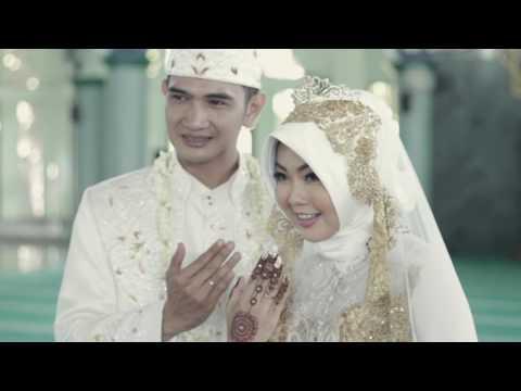 Mela & Oka wedding at MUI Tangerang