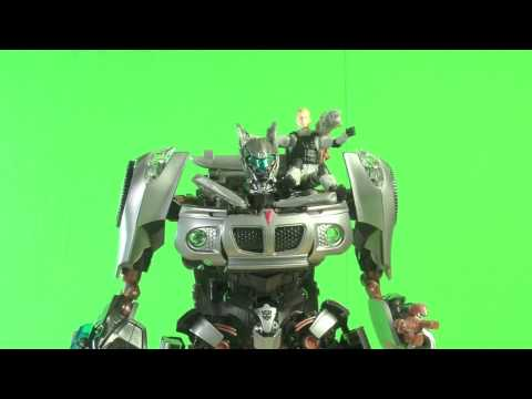 Transformers: Hunt for the Decepticons Autobot Jazz and Captain Lennox