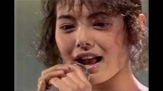 1988年3月13日放送のダイジェストです。 男性アイドル部分はざっくりカットしています。 相川絵里のDebut Storyが収録されており、必見です。小川...