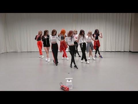 開始線上練舞:LOVE BOMB(一般版)-fromis_9 | 最新上架MV舞蹈影片