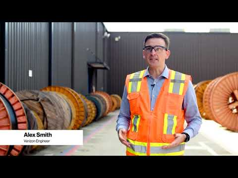 Creating the Factory of the Future with Corning and 5G | Verizon