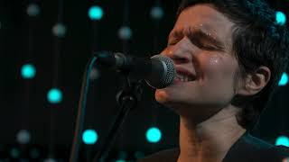 Big Thief - The Toy (Live on KEXP)