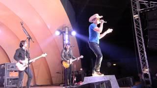 "Dustin Lynch ""To the Sky"" Wichita KS 2/27/15 Video"