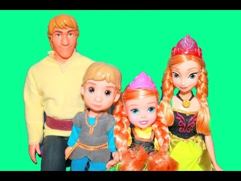 Young Kristoff & Anna Doll TOYS R US Exclusive Review