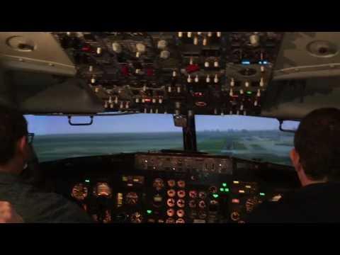 Boeing 737 flight simulator crash
