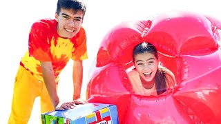 Nastya and Mia want to jump on a new trampoline Настя и Мия хочет прыгать на новом батуте