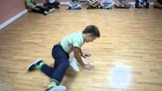 Брейк данс дети, хип хоп, танцы киев и бровары (танцует Ярослав)