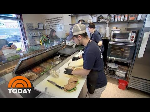 North Carolina Café Allows Customers To Pay What They Can | TODAY