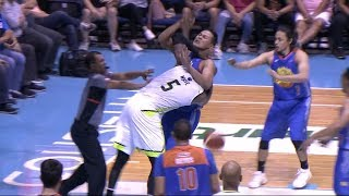 White-Saitanan scuffle in the paint | PBA Commissioner's Cup 2018 thumbnail