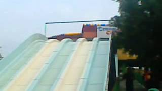 chalakudy dream world athirapilly