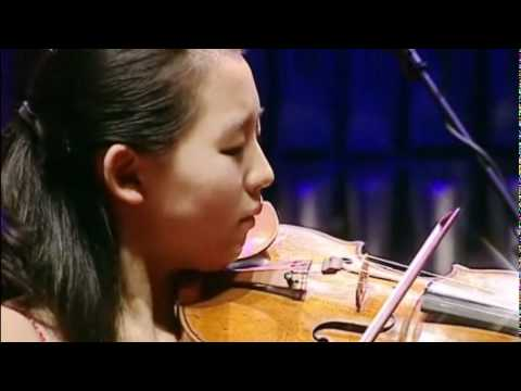 Ji Eun Anna Lee in the Junior Finals of the Menuhin Competition Oslo 2010