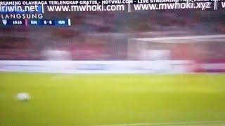 Download Video Singapore Vs Indonesia babak pertama 1:0 MP3 3GP MP4