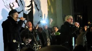 Claudio Santamaria, Luca Marinelli e Gabriele Mainetti - Sigla Jeeg Robot live Roma 25 aprile 2016