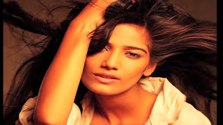 Kamasutra 3D | Sherlyn Chopra Seductive Video
