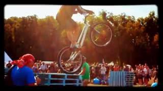 Триал, прыжки на велосипеде, Киев, ВДНХ(Понравилось видео, ставь