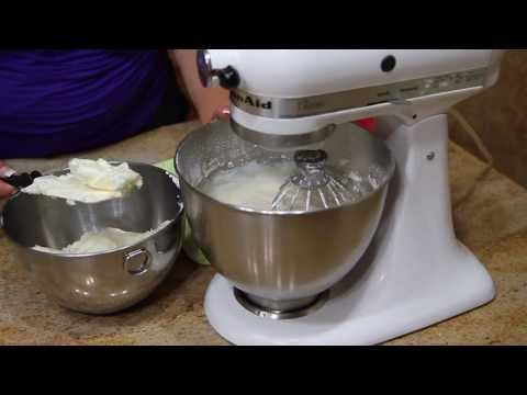 How to Make Buttercream Frosting from YouTube · Duration:  4 minutes 35 seconds