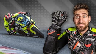 WHAT HAPPENS WHEN YOU LEAN YOUR MOTORBIKE? - ROAD and RACING