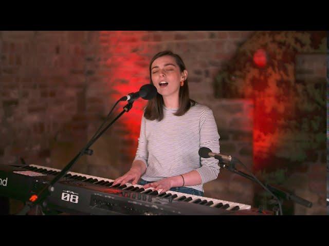 Jodie Nicholson - Oceans | Live Deer Shed Session
