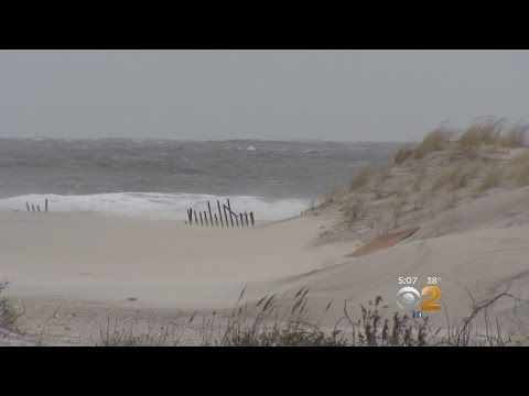 Long Island Communities Prepare For Coastal Storm