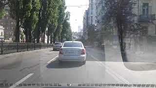 Уроки вождения в центре Киева