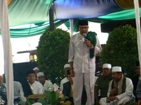 H.Rhoma Irama at Masjid Al-Ikhlas
