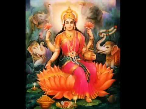 Sowbhagya lakshmi ravamaLakshmi aarti with lyrics