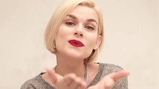 видео Босоножки и колготки как носить
