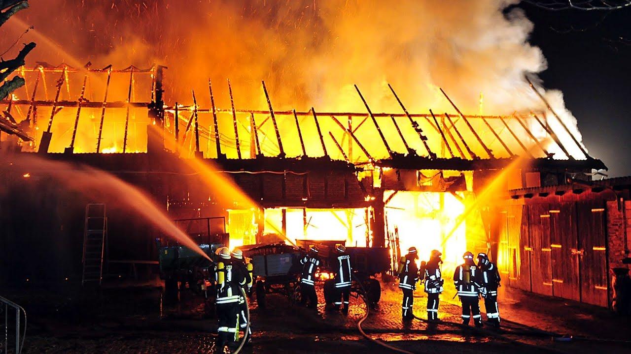 Bauernhof In Twiste Bei Großbrand Zerstört: Fünf Verletzte
