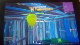 Fortnite gameplay with free Wi-Fi 😀😁😀