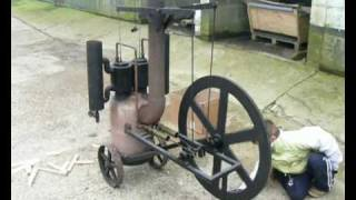 Twin cylinder stirling engine.