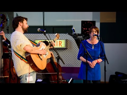 Blue Rose Code ft Karine Polwart - Edina (The Quay Sessions)