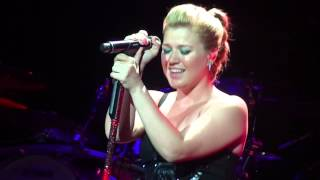 "Kelly Clarkson - ""You And I""(Lady Gaga cover) - Houston, Tx 9-7-12"