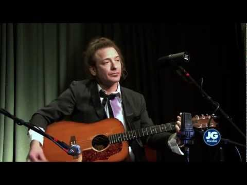 Born to Walk Alone - Tommy Brunett at String Fellows Sessions (single)