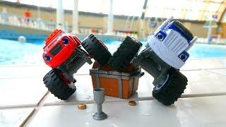 Вспыш и Чудо машинки в аквапарке. Видео для мальчиков.