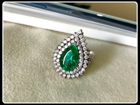 Super Hot Angelina Jolie High End Royal Emerald & Diamond Ring Cum Pendant in 18K Gold