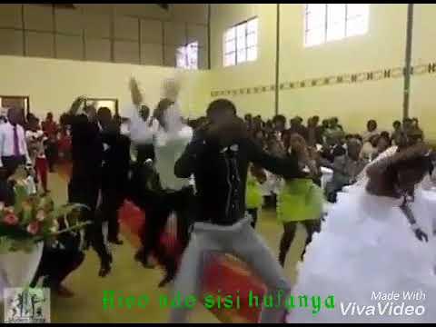Wakolw'a ukoka by vuusya ungu