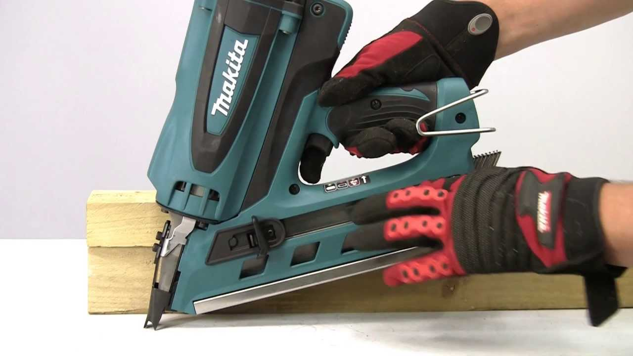 Makita Gas nailers - YouTube