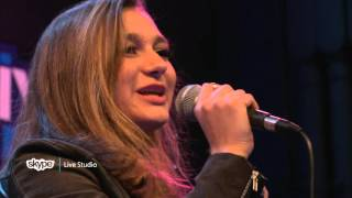 Daya - Sit Still, Look Pretty (LIVE 95.5)
