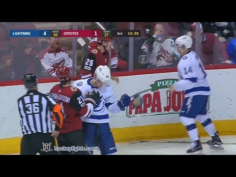Chris Kunitz vs Nick Cousins Dec 14, 2017