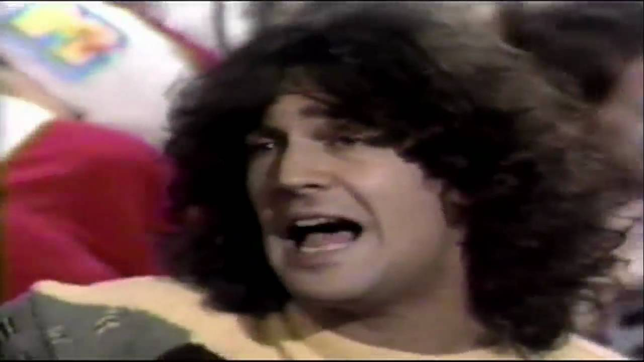 Billy Squier - Christmas Is The Time To Say I Love You - YouTube