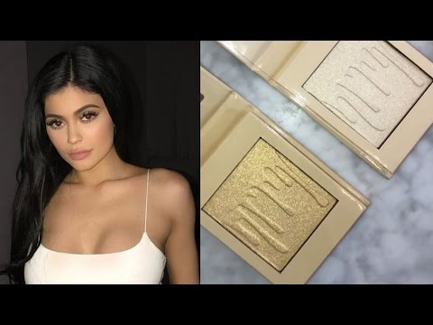Kylie Jenner Reveals NEW Kylighters & Fans Are Already Going Crazy For Them