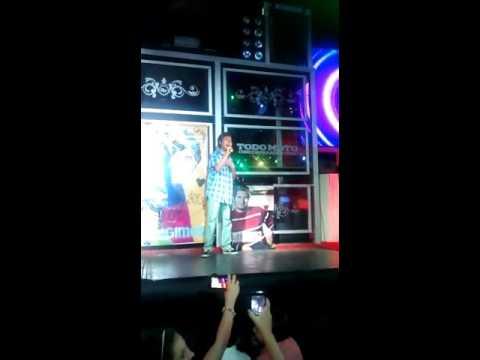 GUIDO ENCINAS, Cantando en un karaoke en Ribera!