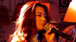Morissette Amon Hello cover by Adele at the Coffee Bean for Stages Sessions