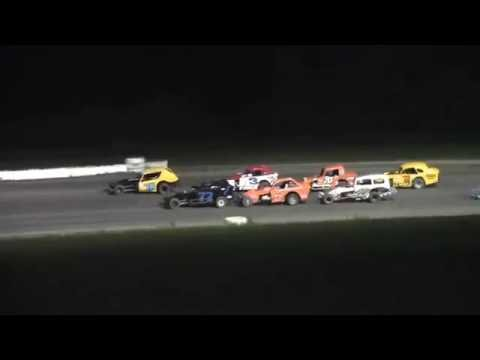 Mohawk International Raceway Vintage Modified Feature