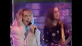 Sam Brown - Kissing Gate (Top Of The Pops 1990)