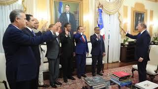 Presidente juramenta nuevo ministro Obras Públicas y demás funcionarios designados