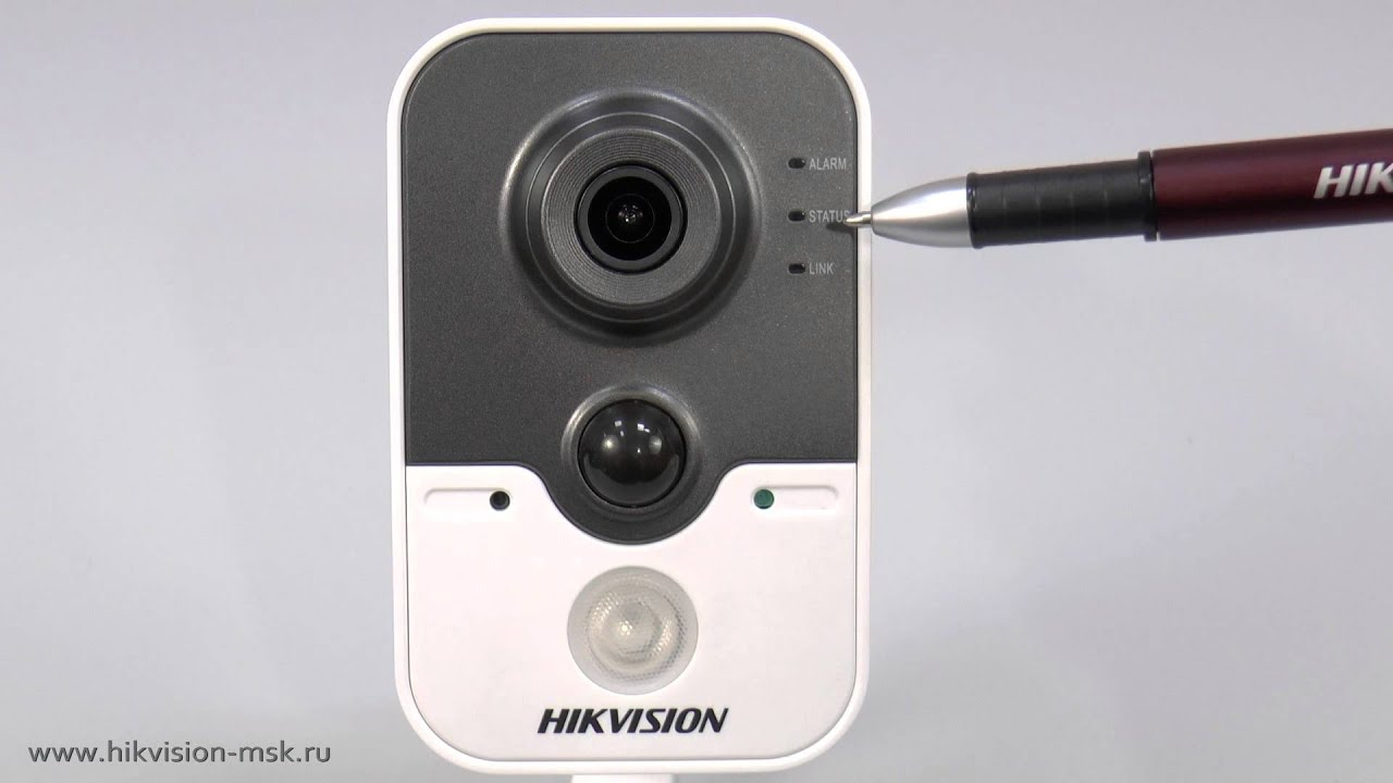 IP-видеокамера DS-2CD2412F-IW (Hikvision)